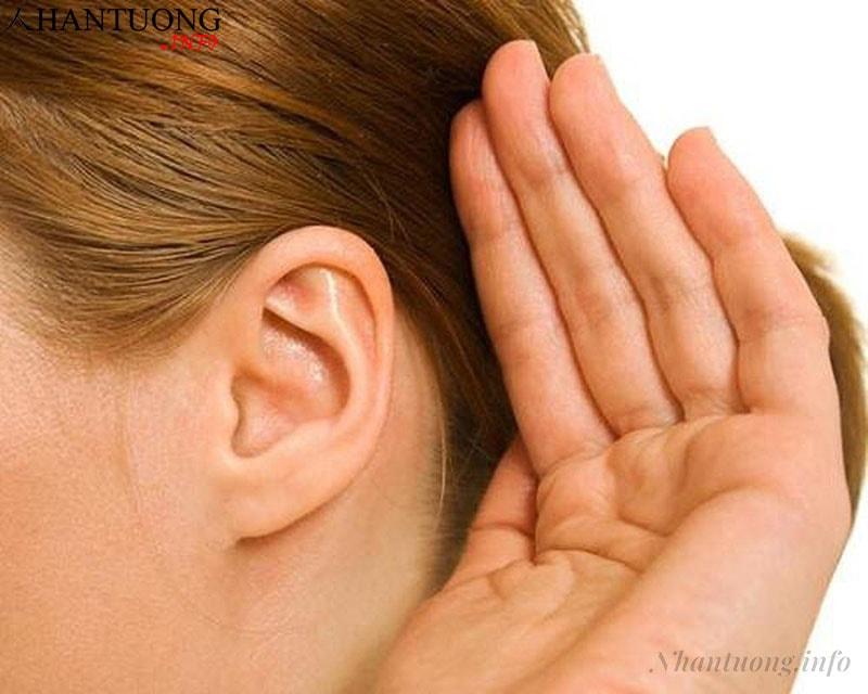 Người có tai nhỏ, mỏng