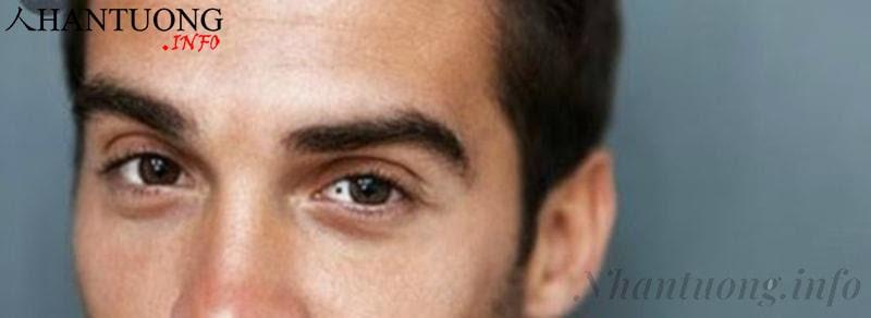 Đàn ông có nốt ruồi trong mắt trái